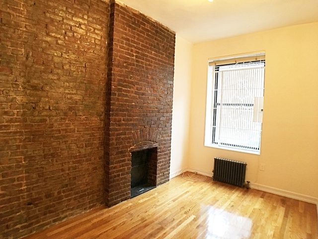1 Bedroom, Chelsea Rental in NYC for $2,850 - Photo 2