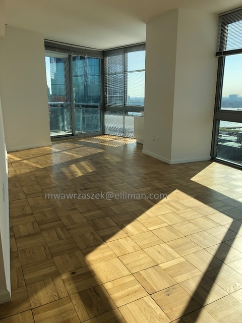 3 Bedrooms, Hell's Kitchen Rental in NYC for $4,646 - Photo 1