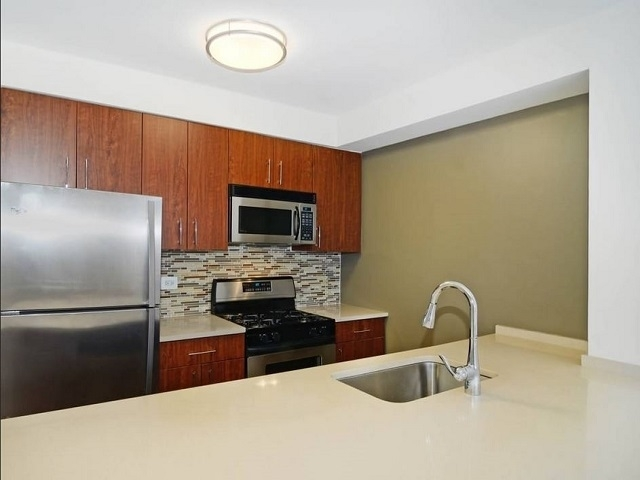 2 Bedrooms, Chelsea Rental in NYC for $7,181 - Photo 1