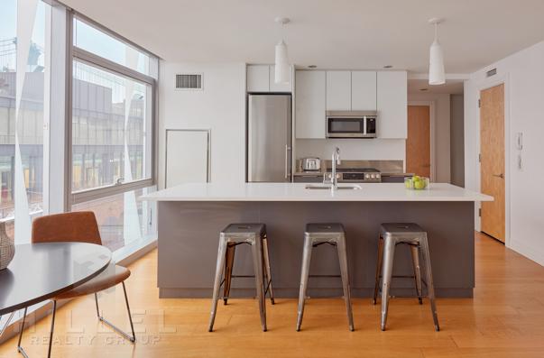 1 Bedroom, DUMBO Rental in NYC for $3,995 - Photo 2