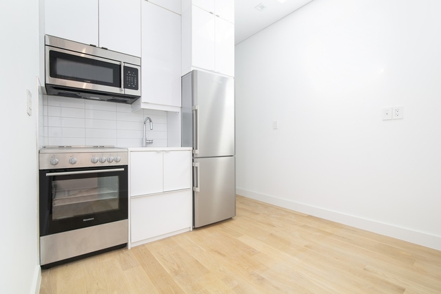 3 Bedrooms, SoHo Rental in NYC for $5,061 - Photo 1