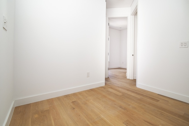 3 Bedrooms, SoHo Rental in NYC for $5,061 - Photo 2