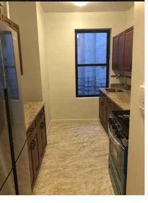 2 Bedrooms, Norwood Rental in NYC for $1,575 - Photo 2
