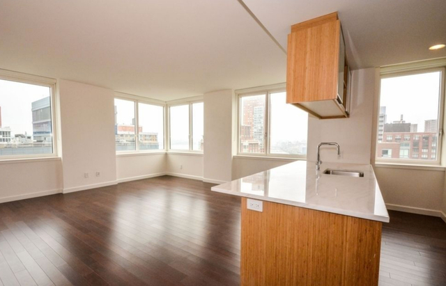 3 Bedrooms, Battery Park City Rental in NYC for $13,700 - Photo 1
