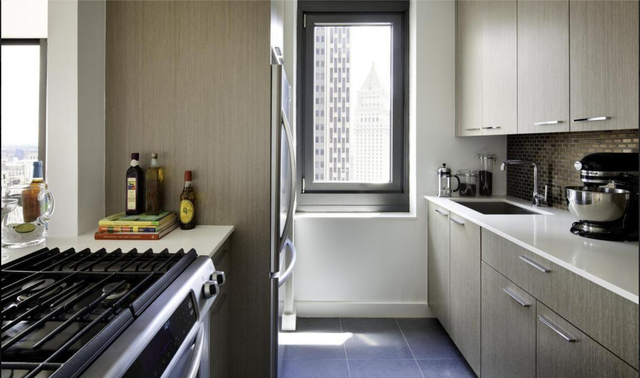 2 Bedrooms, Tribeca Rental in NYC for $8,300 - Photo 2