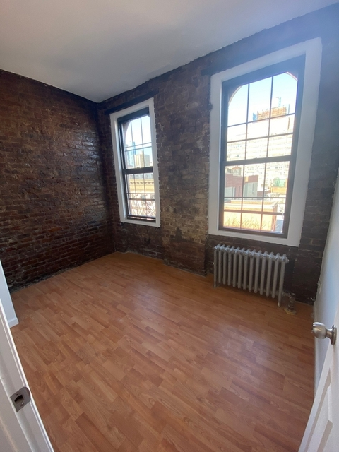 4 Bedrooms, East Village Rental in NYC for $5,200 - Photo 2