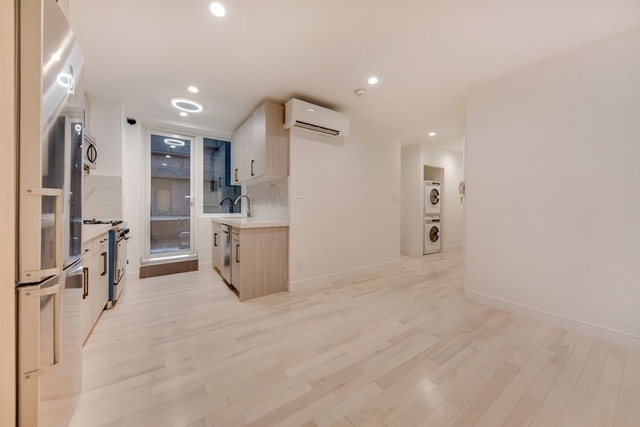 3 Bedrooms, Murray Hill Rental in NYC for $4,395 - Photo 1