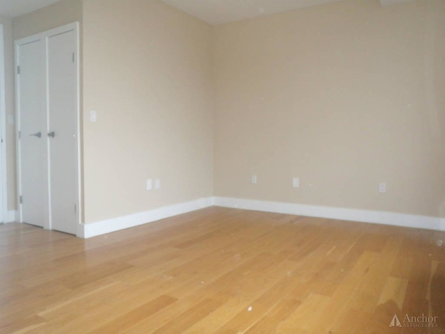 2 Bedrooms, Chelsea Rental in NYC for $6,125 - Photo 2