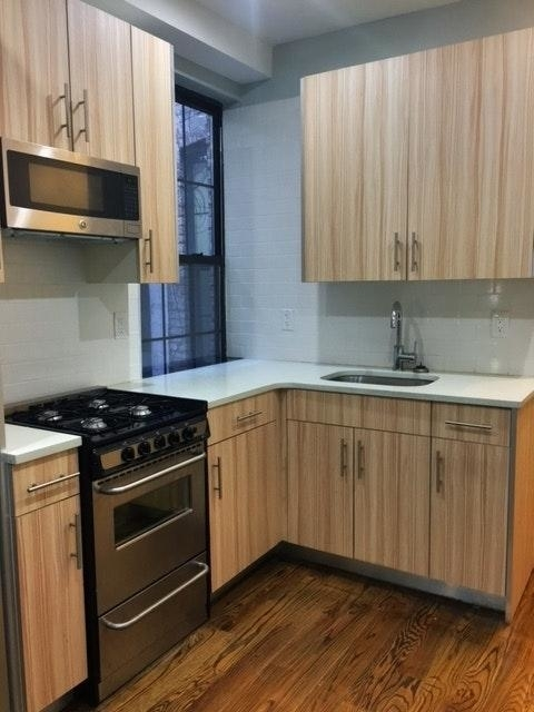 3 Bedrooms, Ridgewood Rental in NYC for $3,000 - Photo 1