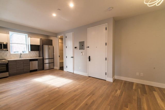 3 Bedrooms, Bedford-Stuyvesant Rental in NYC for $2,571 - Photo 2