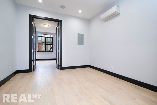 3 Bedrooms, East Williamsburg Rental in NYC for $3,690 - Photo 2