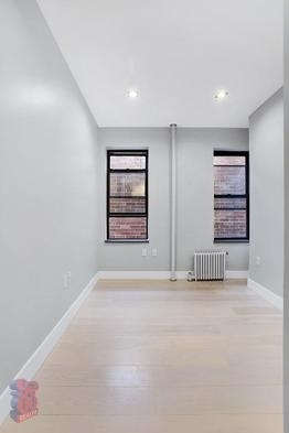 3 Bedrooms, Lower East Side Rental in NYC for $5,534 - Photo 2