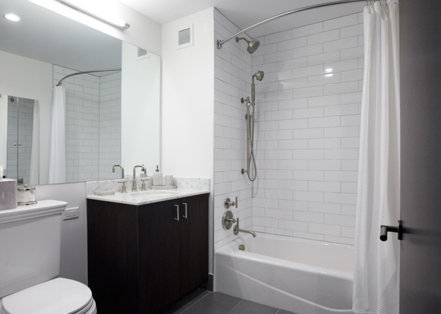 1 Bedroom, Lincoln Square Rental in NYC for $4,299 - Photo 2