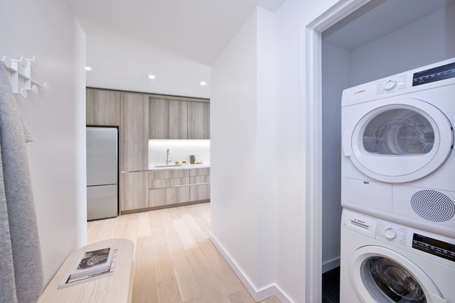 2 Bedrooms, East Williamsburg Rental in NYC for $3,940 - Photo 2