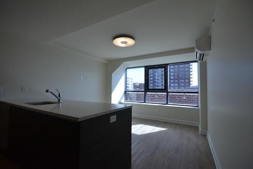 2 Bedrooms, Kew Gardens Rental in NYC for $2,999 - Photo 2