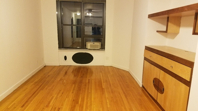 Studio, Theater District Rental in NYC for $2,145 - Photo 1