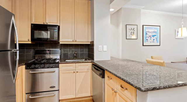 2 Bedrooms, Gramercy Park Rental in NYC for $7,300 - Photo 2