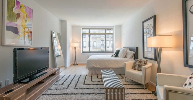 1 Bedroom, West Village Rental in NYC for $5,090 - Photo 1