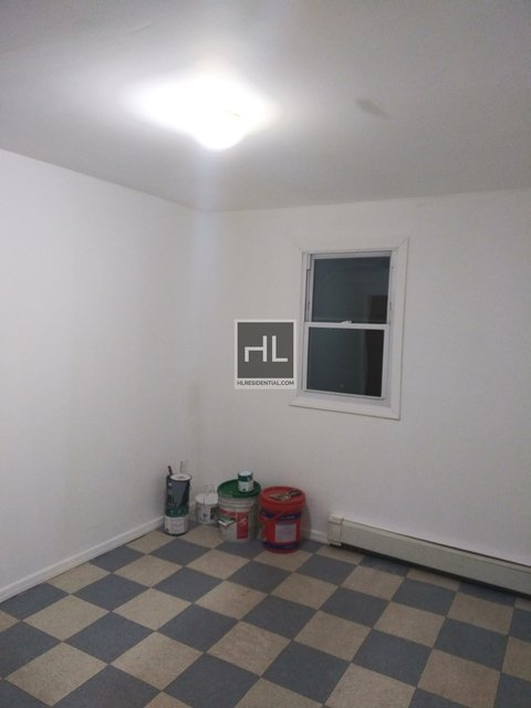 2 Bedrooms, Sunnyside Rental in NYC for $1,650 - Photo 2