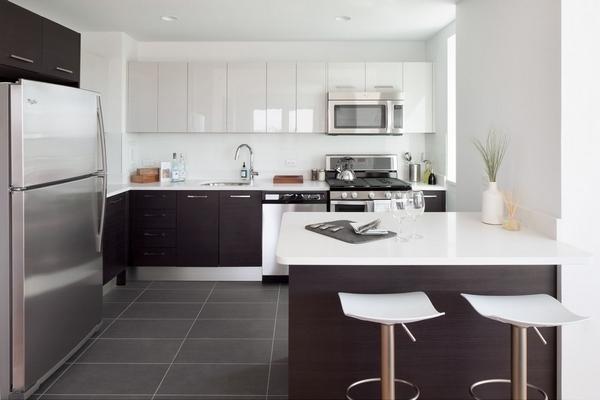 2 Bedrooms, Newport Rental in NYC for $4,240 - Photo 1