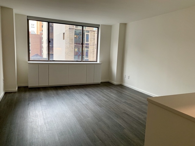 1 Bedroom, Hell's Kitchen Rental in NYC for $3,750 - Photo 1