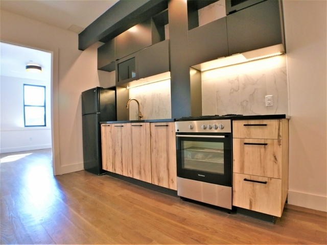 3 Bedrooms, Crown Heights Rental in NYC for $3,835 - Photo 2