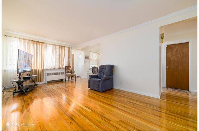3 Bedrooms, Flatlands Rental in NYC for $2,300 - Photo 2