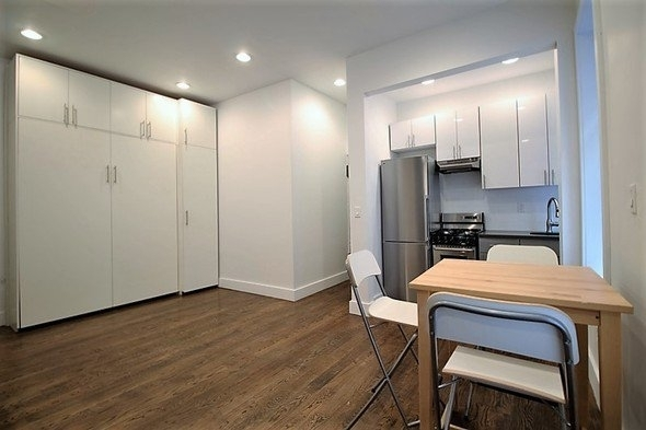 Studio, Crown Heights Rental in NYC for $1,975 - Photo 2