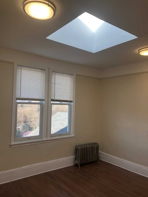 2 Bedrooms, St. Albans Rental in Long Island, NY for $1,799 - Photo 2
