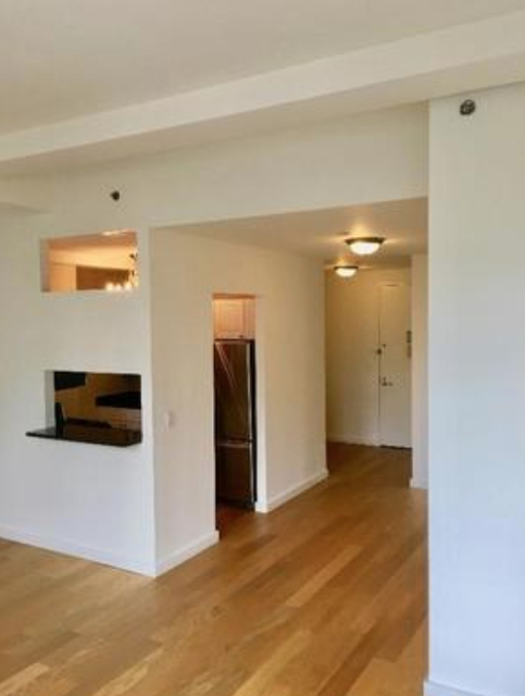 Studio, Financial District Rental in NYC for $3,370 - Photo 1