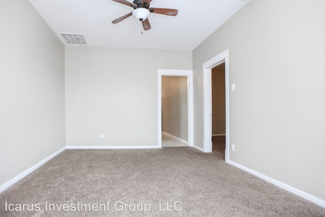 3 Bedrooms, South Chicago Rental in Chicago, IL for $895 - Photo 2