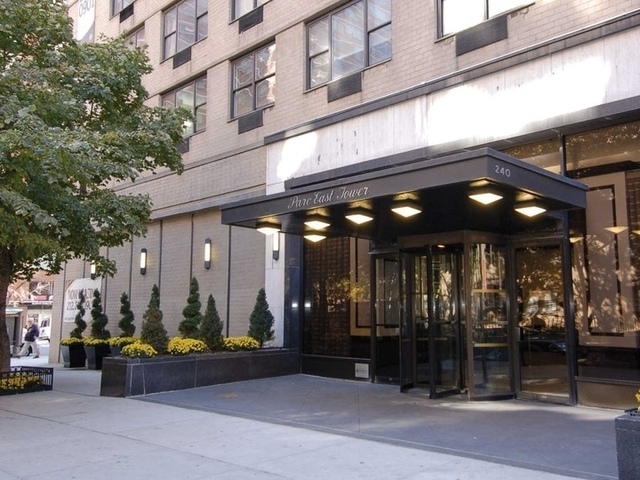 2 Bedrooms, Rose Hill Rental in NYC for $5,175 - Photo 2