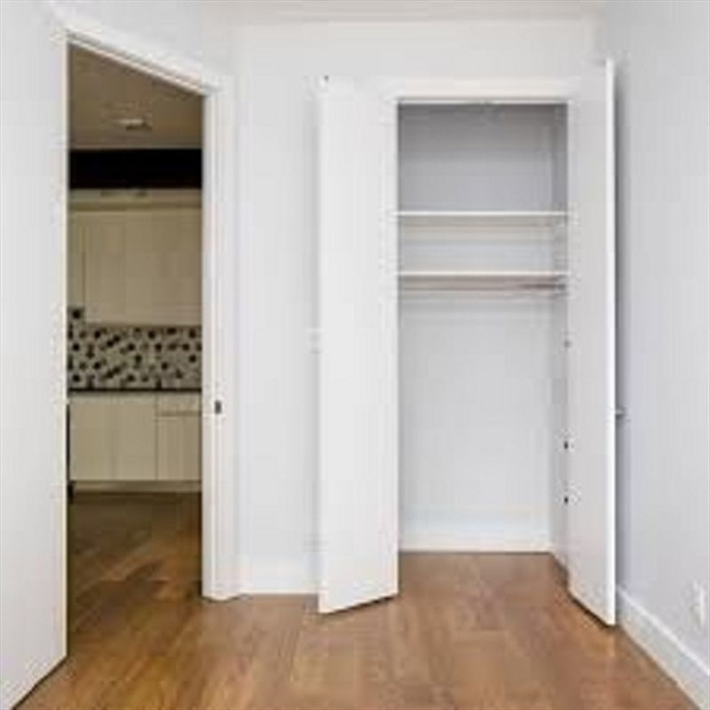 2 Bedrooms, Wingate Rental in NYC for $2,350 - Photo 2