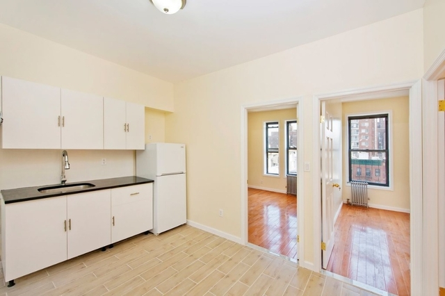 3 Bedrooms, Two Bridges Rental in NYC for $3,100 - Photo 2
