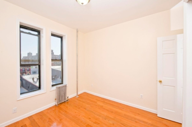 3 Bedrooms, Two Bridges Rental in NYC for $3,100 - Photo 1