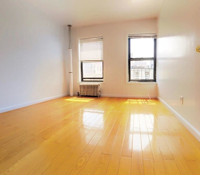 2 Bedrooms, Two Bridges Rental in NYC for $2,500 - Photo 1