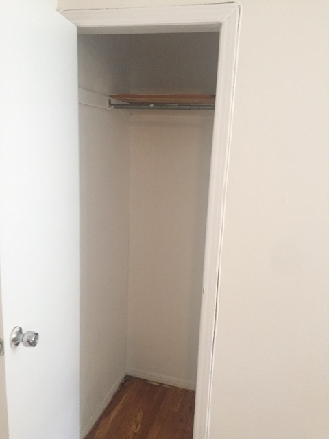Studio, Lincoln Square Rental in NYC for $1,900 - Photo 2
