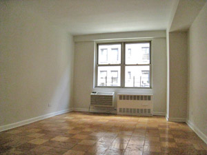 1 Bedroom, Upper West Side Rental in NYC for $3,167 - Photo 2