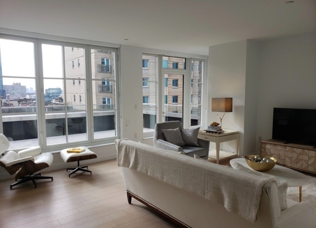 2 Bedrooms, Hell's Kitchen Rental in NYC for $9,500 - Photo 1
