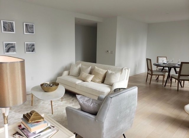 2 Bedrooms, Hell's Kitchen Rental in NYC for $9,500 - Photo 2