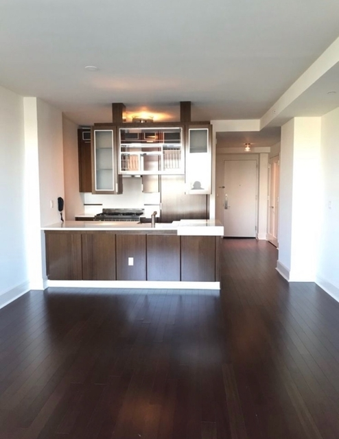 2 Bedrooms, Lincoln Square Rental in NYC for $9,360 - Photo 2