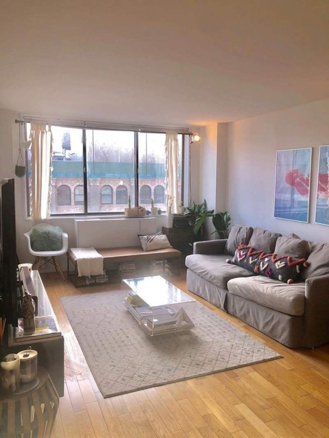 2 Bedrooms, Greenwich Village Rental in NYC for $6,285 - Photo 1