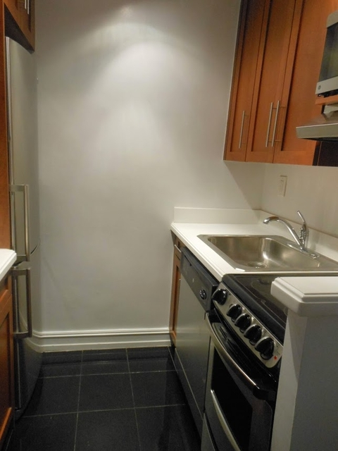 Studio, Lincoln Square Rental in NYC for $1,773 - Photo 2