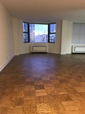 2 Bedrooms, Upper East Side Rental in NYC for $5,145 - Photo 1