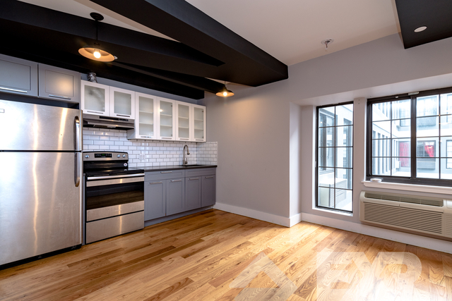 2 Bedrooms, Flatbush Rental in NYC for $2,537 - Photo 1