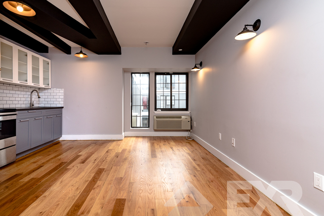 2 Bedrooms, Flatbush Rental in NYC for $2,537 - Photo 2
