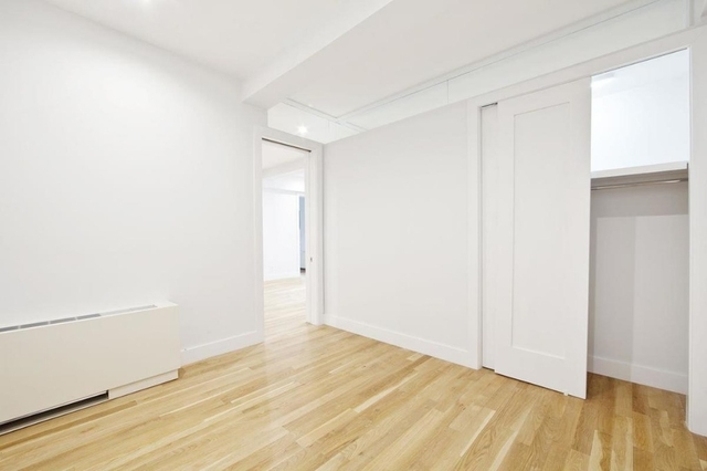 2 Bedrooms, Gramercy Park Rental in NYC for $5,195 - Photo 2