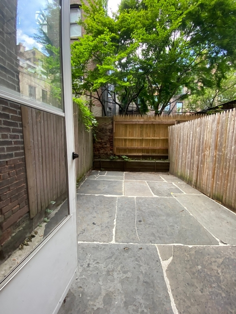 2 Bedrooms, West Village Rental in NYC for $4,575 - Photo 1