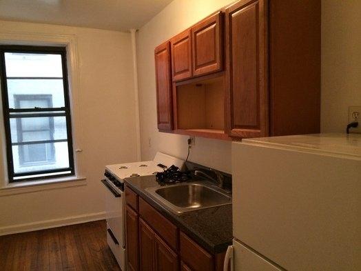1 Bedroom, Astoria Rental in NYC for $1,750 - Photo 2