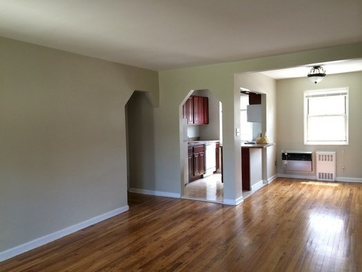 2 Bedrooms, Bay Terrace Rental in NYC for $2,250 - Photo 1